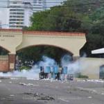 Disturbios frustran caravana de la UASD , no hay docencia