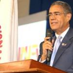 """Rector de la UNEV llama a """"votar en paz"""" este domingo"""