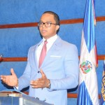 """Juez Argenis García pone en circulación obra """"Derecho Procesal Administrativo"""""""