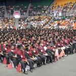 UNEV gradúa 1,058 nuevos profesionales