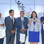 UNEV recibe premio Excelencia Deportiva de la mano de la Vicepresidencia