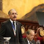 Medina anunció más de ocho mil becas de grado y postgrado para este año