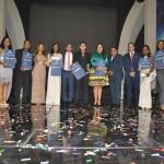 Entregan Premio Nacional de la Juventud