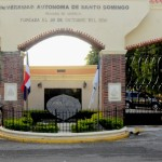 """Rector de la UASD pide recursos """"extraordinarios"""" a Danilo para aumentar a profesores en huelga"""