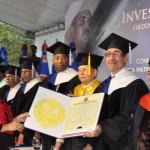 Santa Moris de la Rosa logra mayor calificación entre 1,174 graduados por la UASD