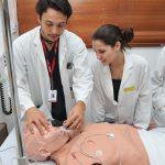 El Intec ofrece préstamos federales de EE.UU. para la carrera de medicina