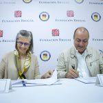 Fundación Brugal oferta becas deportivas en el Instituto Loyola