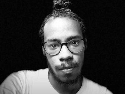 Anaury Misael Castillo Lara, estudiante de Derecho de la UASD, desapareció el viernes 22 de mayo. Puedes promover su búsqueda y difundir sus fotos en las redes sociales bajo las etiquetas #EncontremosaAnaury y #AnauryCastillo. Si lo ve o tiene cualquier información llama al telefóno (849)360-9086 o a la Policía Nacional, al (809)682-2151. También al Servicio de Emergencias 9-1-1.