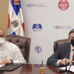 PUCMM, UNAPEC e ISFODOSU se sumanal acuerdo de Claro con universidades de RD